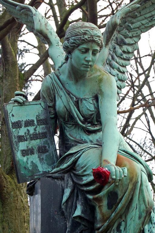 Ostfriedhof Dortmund, Grabmal Röttgers
