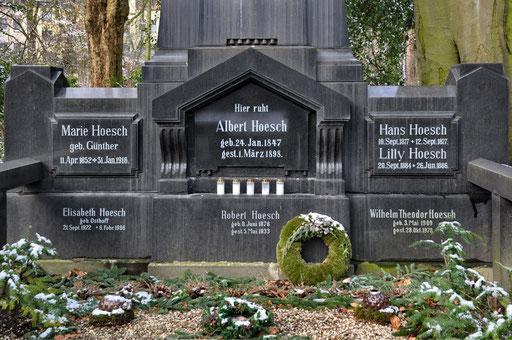 Ostfriedhof Dortmund, Grabmal Albert Hoesch Mitbegründer der Westfalenhütte (Hoesch AG)