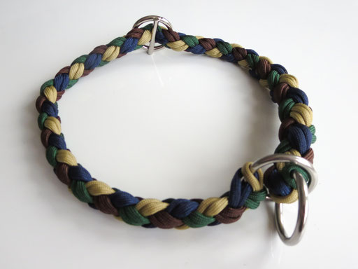 Schlupfhalsband, 8 Schnüre 4-fach geflochten: gold, midnight blue, walnut, emerald green