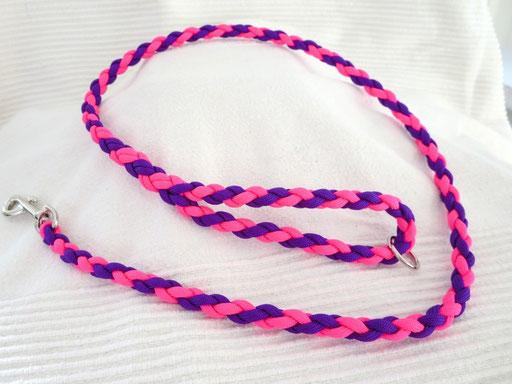 Leine, 4-fach diagonal geflochten, ca 1. Meter & Ring in der Handschlaufe: bright purple, neon pink