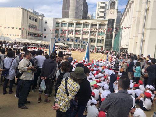 小学生の孫の運動会に行きました。