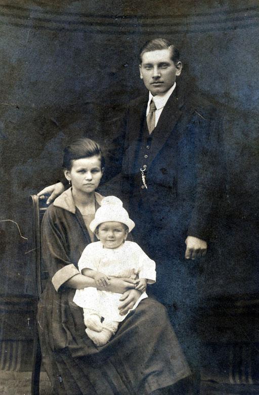 Paul, Maria und Sohn Heinrich Katterwe