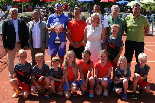 Gruppenbild zur Siegersehrung