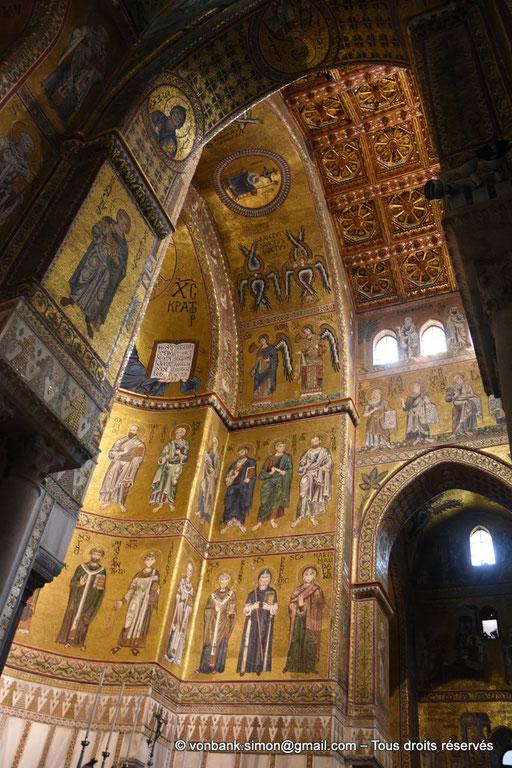 [NU906-2019-1722] Santa Maria Nuova (Monreale) : Sous le Christ-Pantokrator, sur la droite de la Vierge à l'Enfant, apôtres puis dans le registre inférieur, saints et saintes (abside centrale)