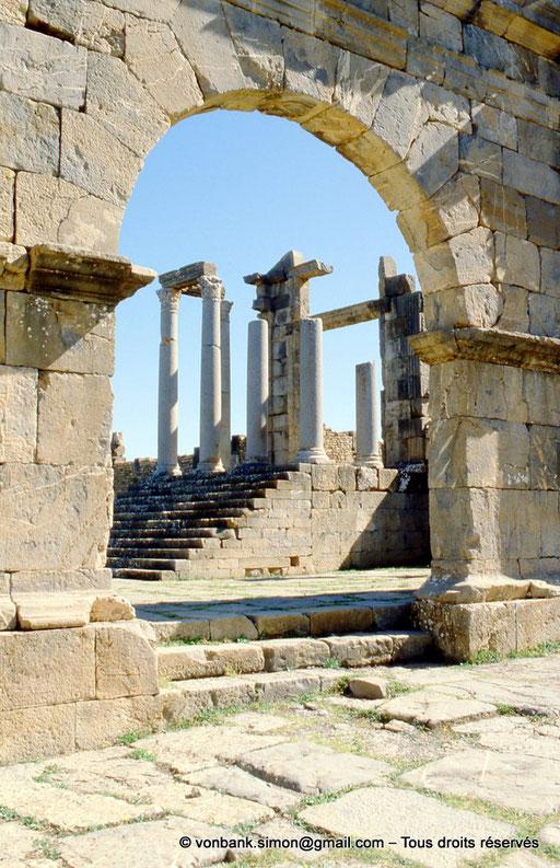 [001-1983-16] Djemila (Cuicul) : Temple de Venus Genetrix