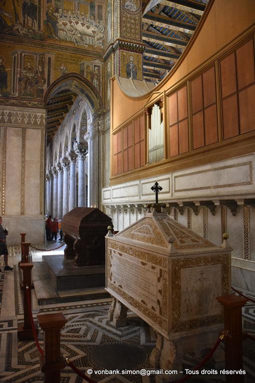 [NU906-2019-1705] Santa Maria Nuova (Monreale) : Tombeaux de Guillaume Ier (en porphyre) et de Guillaume II (en marbre, 1575) (Transept Sud)