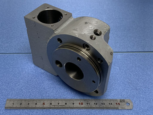 FC材 鋳物です。基準を出し旋盤・マシニングで追加工行う。得意とする加工です。