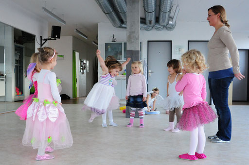 """Rhythmik """"Musik und Bewegung"""" für Kinder"""