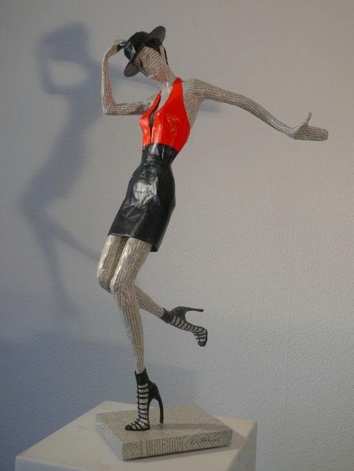 Elena Lichtsteiner, Skulpturen: Chapeau (2016, 70 cm)