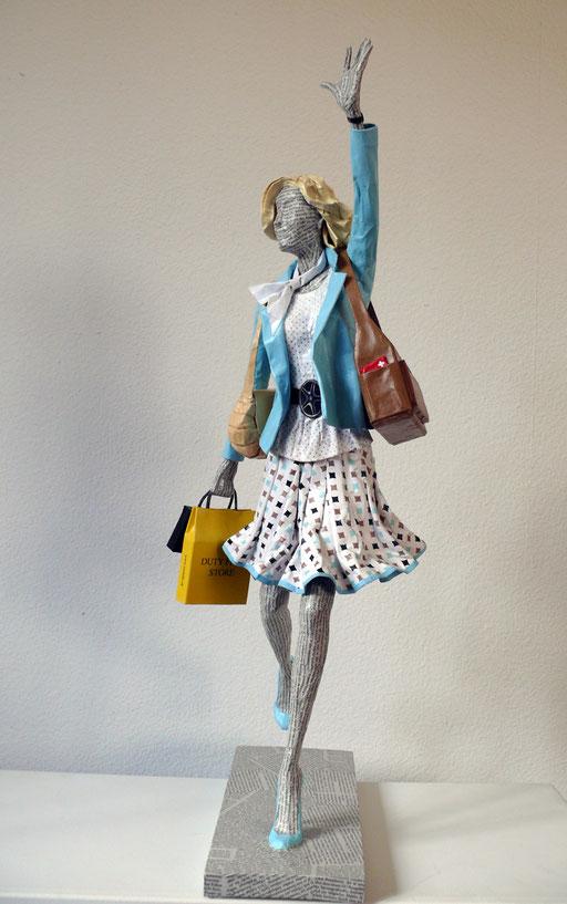 Elena Lichtsteiner, Skulpturen: Arrival (2017, 80 cm)