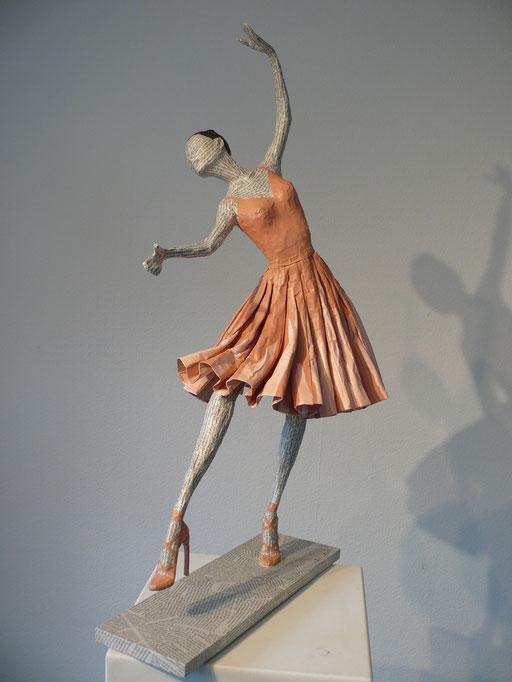 Elena Lichtsteiner, Skulpturen: Un instant de grâce (2015, 75 cm)