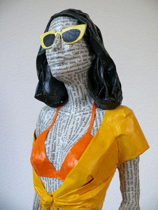 Elena Lichtsteiner, Skulpturen: Strandpromenade (2017, 70 cm)