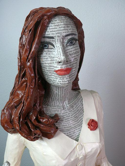 Elena Lichtsteiner: Lady Rose (2018, ca. 120 cm); Detail