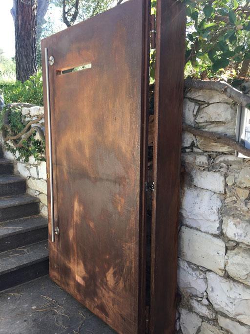 porta in in acciaio cor-ten