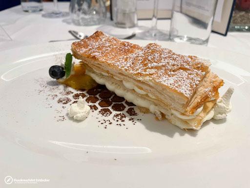 Nachspeise: Mille Feuille mit Vanille-Kokos-Creme