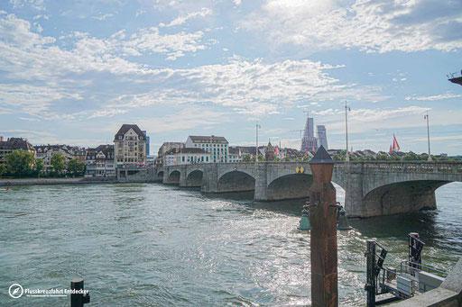 Eine der acht Brücken in Basel