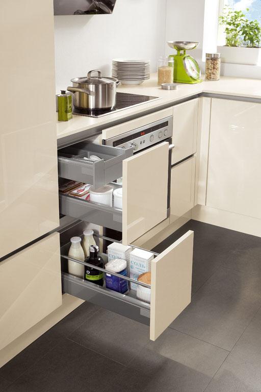 Schubladenauszug für Essig, Öl und Gewürze - passt in jede Einbauküche