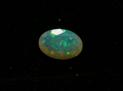 Opale noble facettée d'Ethiopie
