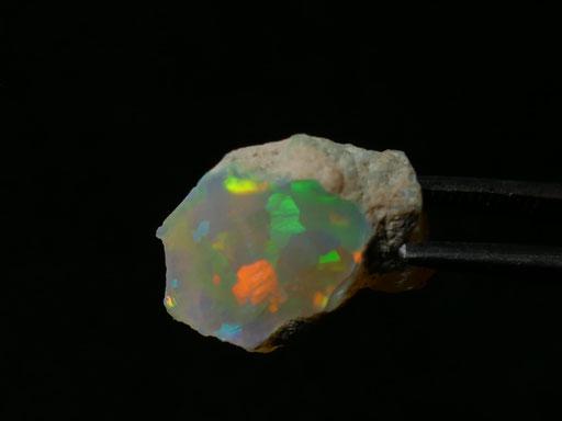 Opale noble brute de Welo en Ethiopie