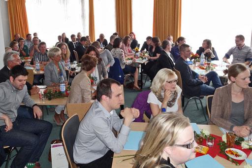Knapp 70 Personen nahmen an der Verabschiedung im Cityhaus in Leer teil. Foto: Ulrichs