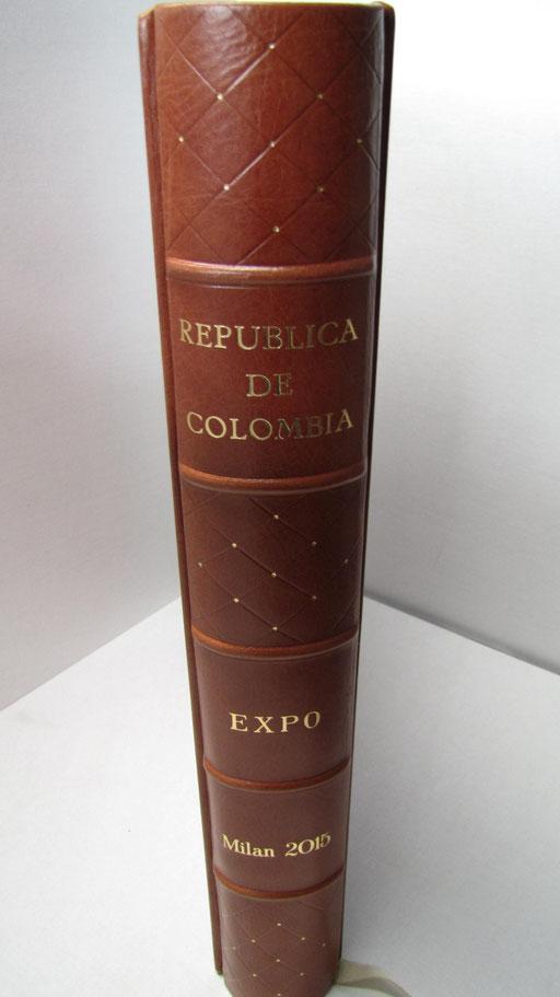 Dorso del libro firma della repubblica della Colombia all' Expo 2015