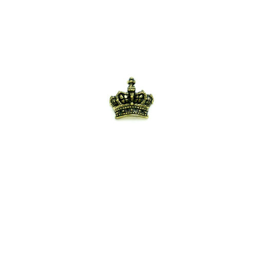 crown:kausの特徴である繊細な作り。ここまで小さな小さな装飾が施されたクラウンは他にはなく、男女を問わず人気があります。