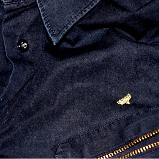moth 昆虫シリーズの中で最も小さい。やはり女性に大人気☆