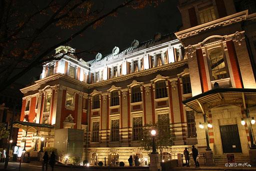 ライトアップされた大阪市中央公会堂