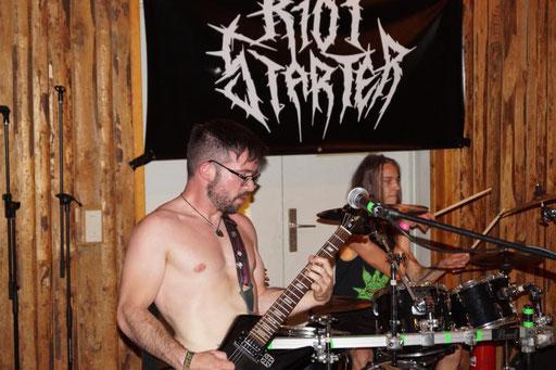 Riotstarter