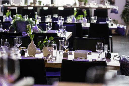 Eventlocation, Tagungslocation, Hochzeitslocation in Hamburg, Trend Studio & Loft eingedeckter Tisch