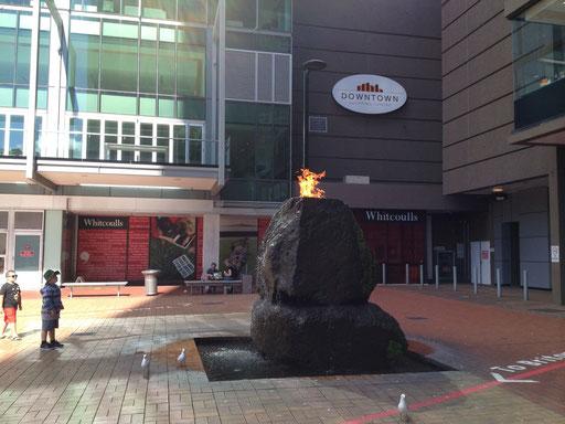 feuer&wasser brunnen / fire&water fountain