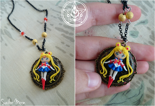 Miniatura di Sailor Moon, su un cammeo di diametro interno di 2.5 cm, completamente fatta a mano! - 25*