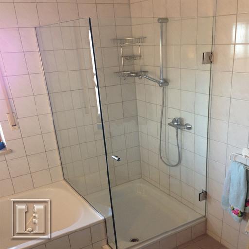 Dusche mit Eckauschnitt / Referenz: Privathaushalt München umgebung / Glaserei Fischbach