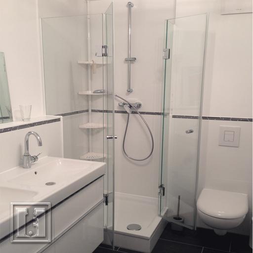 Dusche ohne Wandbeschläge mit Nanobeschichtung / Referenz: Privathaushalt München umgebung / Glaserei Fischbach