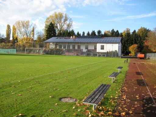 Hauptplatz mit Blick aufs Sportheim