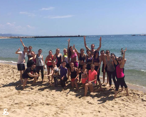 Beach Fitness Barcelona MO&MACE