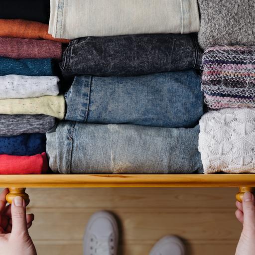 Ordnungscoach Aufräumcoach Ordnungswunder Zürich: Kleiderschrank ausmisten und aufräumen