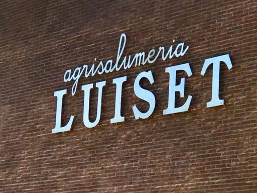 insegna agrisalumeria Luiset