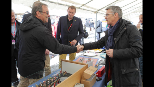 Avec Bernard Hinault (Photo : Dominique Touchard)