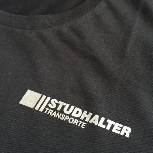 Logo auf T-Shirt