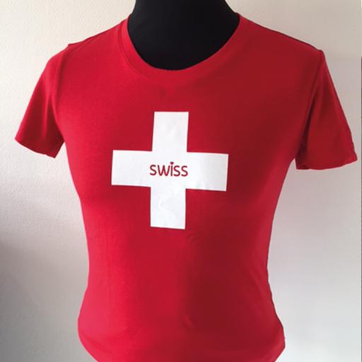 Rotes T-Shirt mit Schweizerkreuz