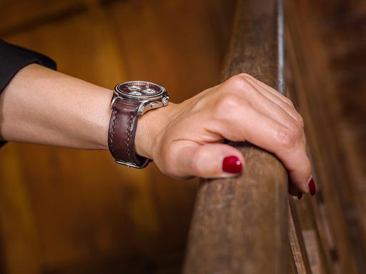 Handgenähte Uhrenbänder machen jede Uhr noch edler …