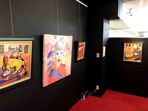 美蔵画廊にある田中拓馬さんのギャラリー