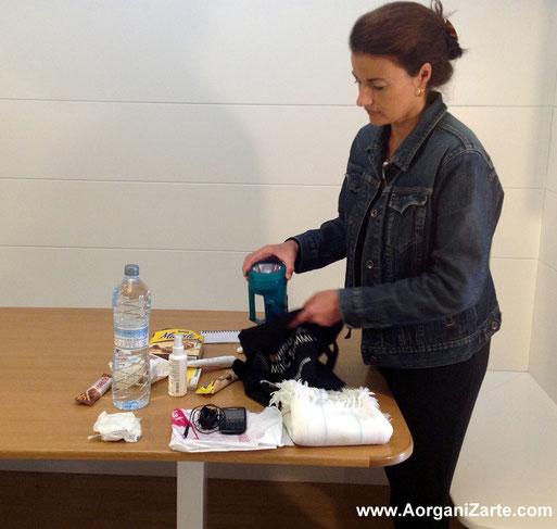 cosas imprescindibles para situaciones de emergencia fuera de casa - www.aorganizarte.com