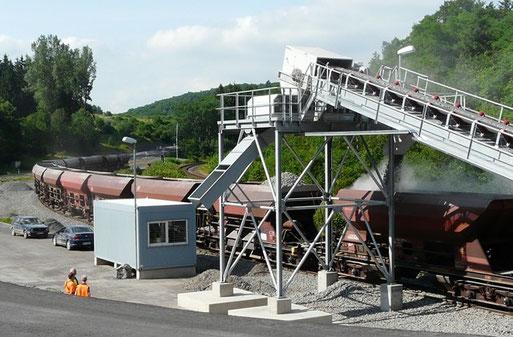 Neue Verladestelle an der Lindenquelle bei Birresborn an der Eisenbahnstrecke Trier - Köln