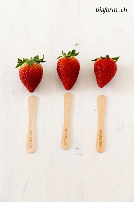 biaform, Erdbeereis, gesundes Eis, gesundes Glace, Erdbeerglace, Eis am Stiel selber machen, Früchteeis, low carb ice, healthy icecream, Nicolas Vahé, selbst gemachtes Eis, Blog Schweiz