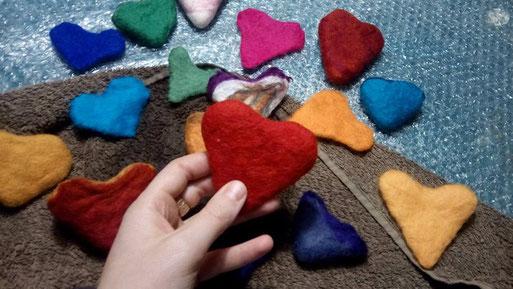 heart; eelste; felt; yellow; purple; red; blue; colors; creative; handwork