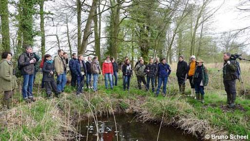 Die Teilnehmer des 8. Jahrestreffens des LFA Feldherpetologie und Ichthyofaunistik in Niedersachsen, bei der Exkursion zu den Meißendorfer Teichen.