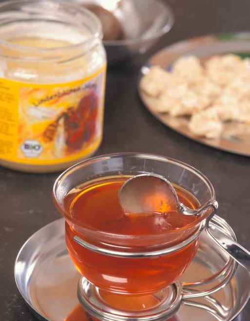Süßungsmittel Bio-Honig Quelle: www.oekolandbau.de Copyright BLE/ Foto: Dominic Menzler