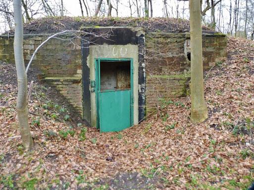 Der inzwischen für Fledermäuse optimierte Bunker auf dem Gelände der Liegenschaft